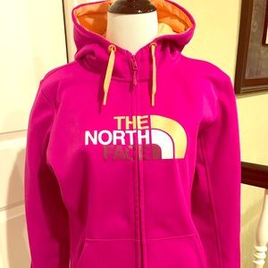 The North Face zip up hoodie! 💖